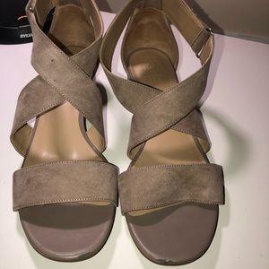 Naturalizer 'Adele' Block Heel Sandals